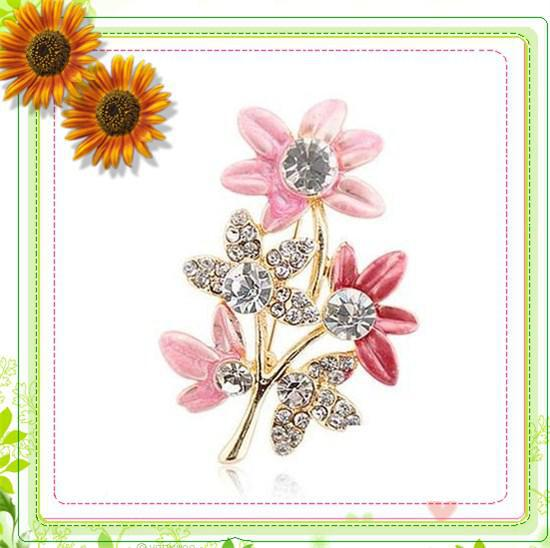 sunflower-corsage-brooch-oil-dripping-processed.jpg