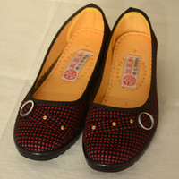 Wholesale Canvas shoes for Spring and Auturmn Handmade plaid women shoes Red and yellow plaid flat shoes