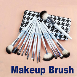 Wholesale Makeup Brush Studio Cosmetic Makeup Brush Set Kit Cosmetics Professional Goat Hair Nylon Case