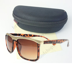 Wholesale Leopard Fashion Frames - Novel brand sunglasses designer Eyewear Italy Leopard Sunglasses women men shade Fashion sun glasses with original Zipper case