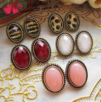 Wholesale Hot Vintage Oval Gemstone Earrings Fashion Personalized Leopard Ear Stud Women s Mix Order pair