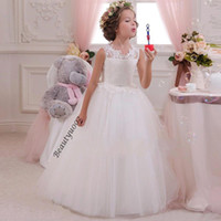 chemise à bas prix achat en gros de-Lace Sheer Crew Puffy Flower Girl Robes 2017 Cheap First Communion Robe Tulle Blanc Open Back Beaded Bow Ball Gown Wedding Party Gowns