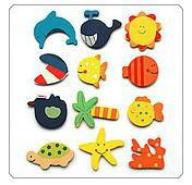 Wholesale Cute carton animals ToysParty Favours Handpainted Wooden Fridge Magnets cm styles
