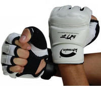 Wholesale 2011 NEW white wrestle kickboxing golves size L