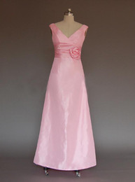Wholesale In Stock US Real Sample Cheap V Neck Flower Sheath Pink Satin Long Bridesmaid Dress Dresses