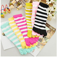 women cute socks - Christmas Day Gift Women candy color socks toes stocking Cute cotton stripe separate toes socks