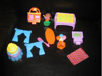 Wholesale DORA THE EXPLORER DOLL HOUSE FURNITURE AND FIGURE PIECES