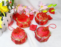 Pink  Red Round Favor Boxes Small Chinese knot Silk Flower Gift Wrapped with Mirror 30pcs mix Free
