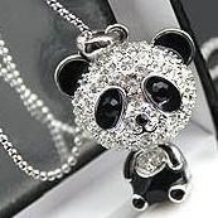 Bijoux de panda Prix-Collier EXCLUSIF brillant de PANDA! Collier superbe de collier de panda de charme de rhinestone brillant Colliers impressionnants mignons de pendentif de panda! Vraiment gentil!