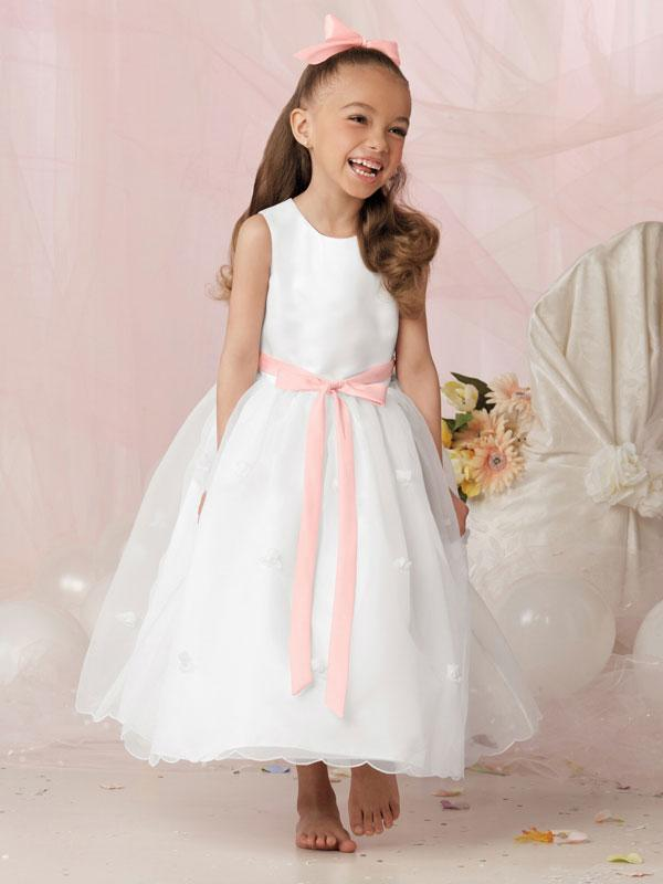Find the best selection of cheap pretty white dresses for kids in bulk here at mundo-halflife.tk Including full white dress for baby and ice white dress at wholesale prices from pretty white dresses for kids manufacturers. Source discount and high quality products in .