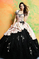 Wholesale 2015 Quinceanera Dresses Multi Color Prom Dresses with Bolero Sweetheart Princess Gowns Beaded Quinceanera Ball Gowns with Appliques