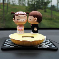 Wholesale Solar Kiss Lovers doll Decoration Shook his head dolls Birthday gift Car accessories