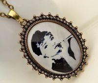 Bohemian audrey hepburn sweater - Retro vintage jewelry Audrey Hepburn pendant neckalces sweater chains faceted resin alloy pendant necklaces for women