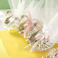 Wholesale 100pcs free shipment Swan candy boxes Swan favour boxes unique and classy wedding favors