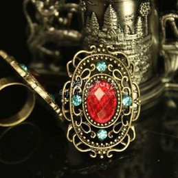 New Vintage Hollow Red Gemstone Rings Personality Small Emerald Large Ring Adjustable Women's 30pcs