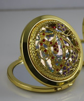 Wholesale ethnic style hollow inlaid jewelry Retro gold plated mirror butterfly diagram