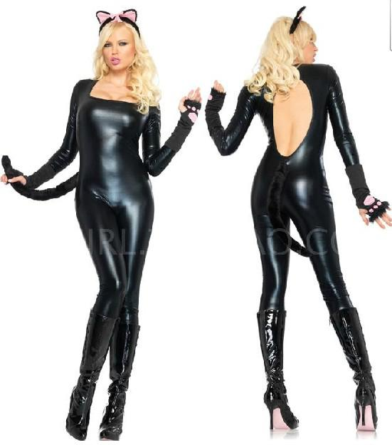 Crotchless latex porn