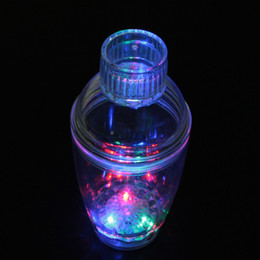 Wholesale Light up Multicolored Flashing Colour Phasing LED Cocktail Shaker