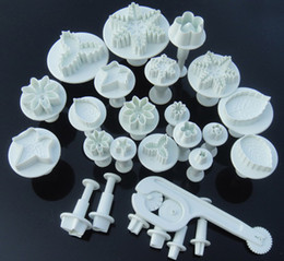 26pcs Cake decorating cutter fondant sugarcraft plunger flower Miniatures cake Tool,cake mould
