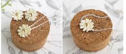 Hot New Fashions beautiful Pale yellow daisy bracelet Daisy Link, Chain Bracelets Daisy Bracelets free shipping