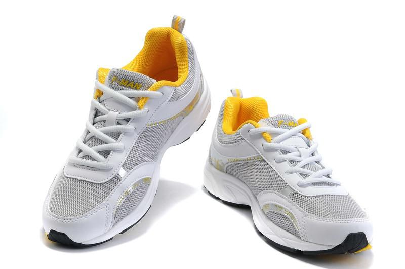 tennis shoes vs running shoes images