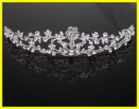 Rhinestone/Crystal pageant crowns - 2015 Dazzling Crown Homecoming Party Prom Wedding Bridal Accessories Hot Sale Girls Pageant Headband Hair Flower Princess Tiaras