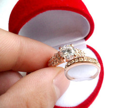 1 set 18K Rose gold plating finger ring Valentine's Day gift Simulated Diamond Rings circle SN013l