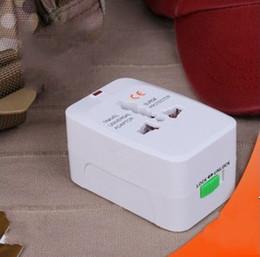 Voyage adaptateur international Universal All in One AC Power Plug-AU / UK / USA / EURO 30pcs