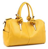 Wholesale Personalized fashion Women s metal pumping node handbags tote commuter bag colors