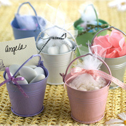 New arrival! Tin Favor Pails boxes offer 50 pcs 7X9cm organza bag as free gift wedding candy box