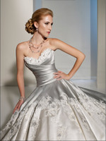 Wholesale 2012 New Sexy Sweetheart Strapless Paris satin Applique A Line Wedding Dresses Bridal Dress Y11203