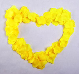 Yellow Color Silk Petals Wedding Favors Rose Petal Party Decoration Hot 20 bags =2000 pcs