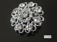Wholesale Woman Brooch Imitation pearls Diamond Alloy Fashion Eight love BH2009