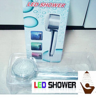Chrome bath polish - LED SHOWER HEAD LIGHTS WATER HOME BATH ROOM SHOWER HEAD SPRINKLER MULTI COLOR TEMPERATURE CHANGING