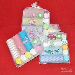Wholesale 9 Piece Set Gift Sets Baby Bodysuit Towel Long Sleeve Rompers CCarter Bodysuits Overalls Baby Romper