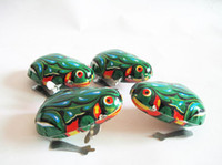 Wholesale 2016 New Clockwork Frog Children s toys Funny toy Novelty kid boy girl toys gift