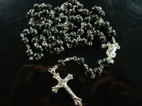 Wholesale Rosary Necklaces Jewelry Jesus Cross Pendant Black Beads Necklaces Chain Necklace Ornament