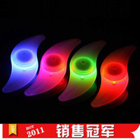 Wholesale Bicycle LED Wheel Spoke Light Bike Steel Wire Flat bar Silicone Light Hot Wheels Flash Lights
