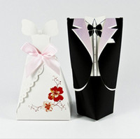 Wholesale Newly weds Flower Bride Groom Wedding Bridal Favor Party Candy Gift Box holders Bag Wraps Gown Dress