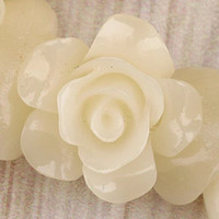 Wholesale 80 Beige Flower Shell Beads mm E0192