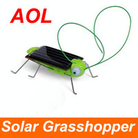 Wholesale Solar Toy Solar Power Robot Insect Bug Locust Green Grasshopper Solar Power Toy kid with