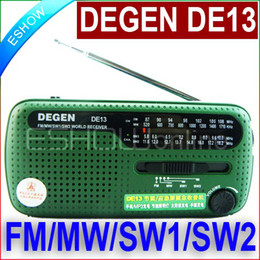 Wholesale Top Quality FM Radio DEGEN DE13 FM MW SW Crank Dynamo Solar Emergency Radio World Receiver A0798A