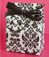 Wholesale damask wedding candy box chocolate box with ribbon H
