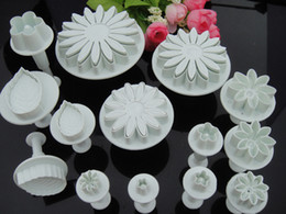 14PCS Cake Fondant Cutter Decorating Plunger Flower Daisy Rose Leaf Gum Paste Tool Cake Decoration