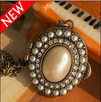 Wholesale Vintage Treasures Box With Pearl And Crystal Locket Necklaces