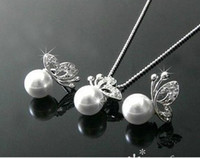 Wholesale Fashion Alloy Pearl Butterfly Stud Earrings amp Necklace New jewelry set