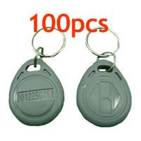 Купить Теги идентификатор-RFID Бесконтактный ID Токен Tag Key Ring карты 125Khz RFID-серый 100шт / серия