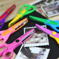Wholesale Laces Sawtooth Scissors Photo Pattern Manual Scissors Whales Jagged