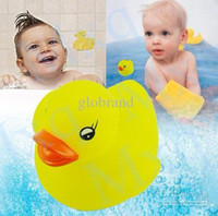 Wholesale 100 x Baby Bath Toy three color Duck Multi Color LED Light Lamp Yellow