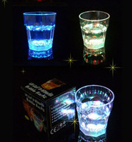 Wholesale Plastic LED Light Glow Flash Drink Beer Beverage Cup Glass Mug Weddings Party Bar